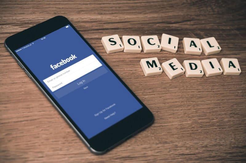 facebook-sur-mobile